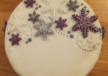 cake-decorating-book